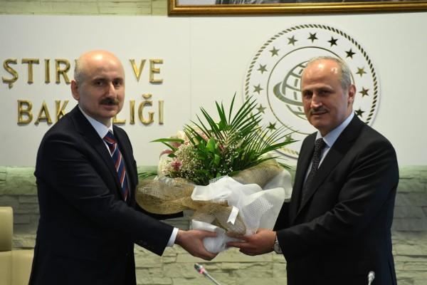 Ulaştırma ve Altyapı Bakanı Adil Karaismailoğlu görevine başladı